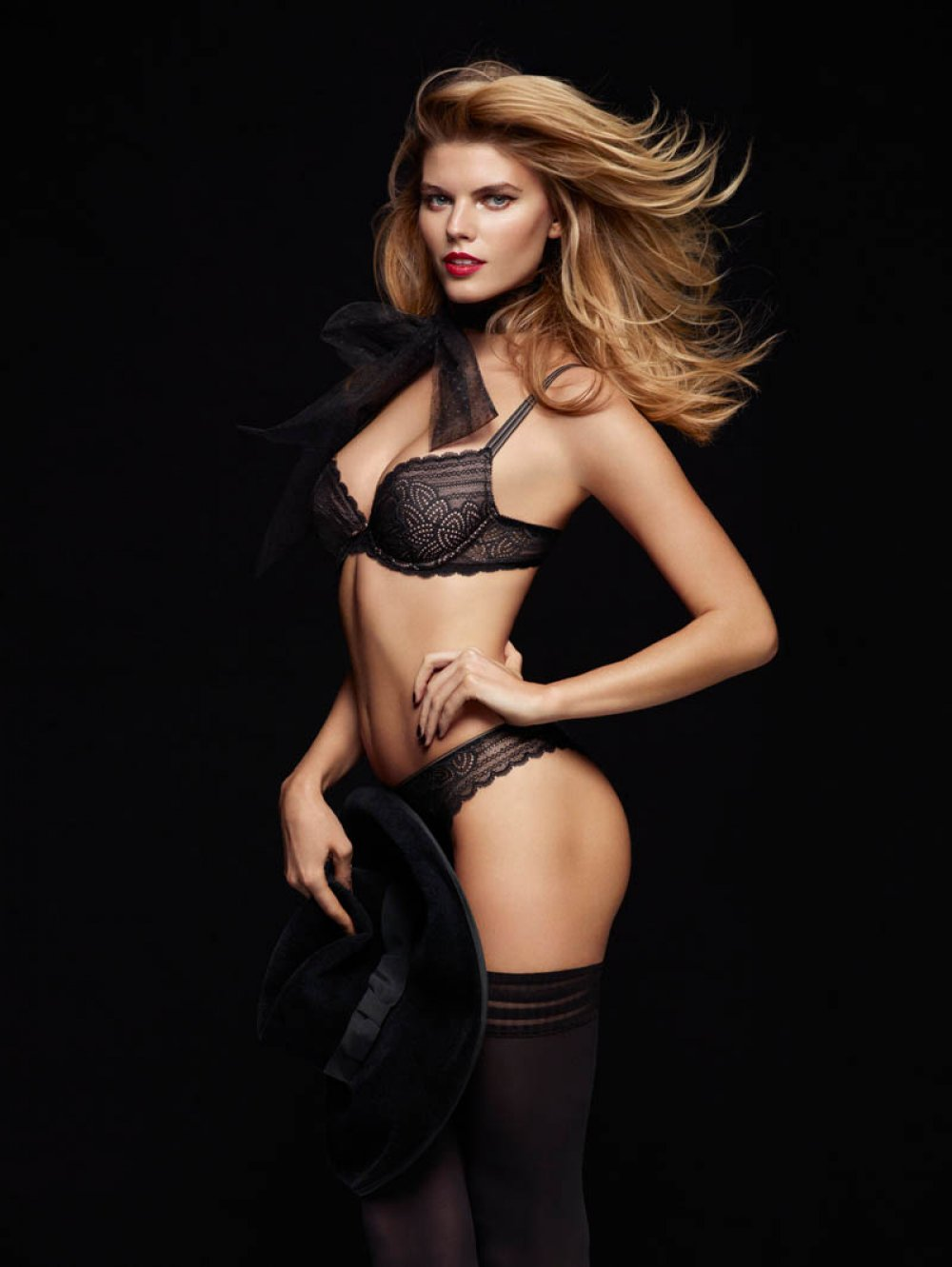 Maryna and Robyn for the Chantelle Lingerie F/W 2013 ...
